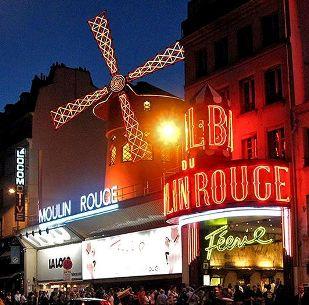 Moulin Rouge ponoči